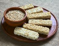 Některé proteinové tyčinky jsou horší, než chleba namazaný sádlem