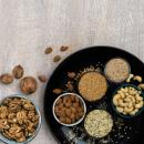Semínka, ořechy a máslíčka z nich