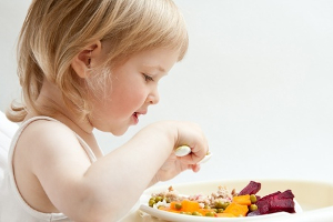 Jak se zdravě stravovat i s malými dětmi?