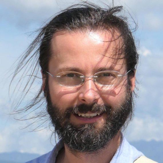 """Petr Vacík o kontemplativní meditaci: """"Nejdůležitější je praxe. Čtením knih meditaci nepochopíš."""""""